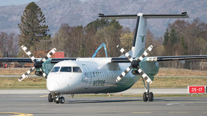 LN-WFO - Widerøe de Havilland Canada DHC-8-300Q Dash 8