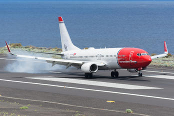 LN-NII - Norwegian Air Shuttle Boeing 737-800