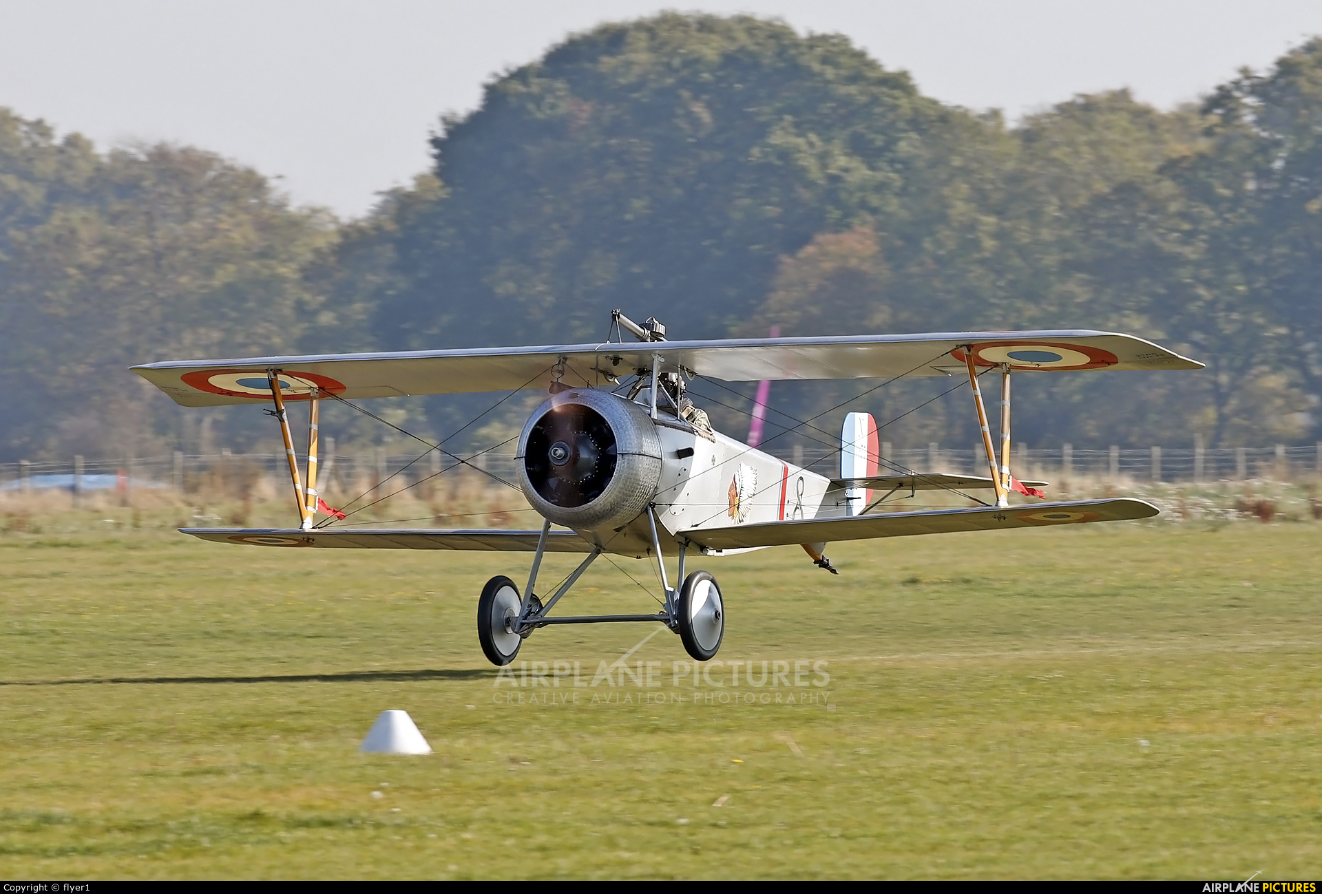 Private G-BWMJ aircraft at Lashenden / Headcorn