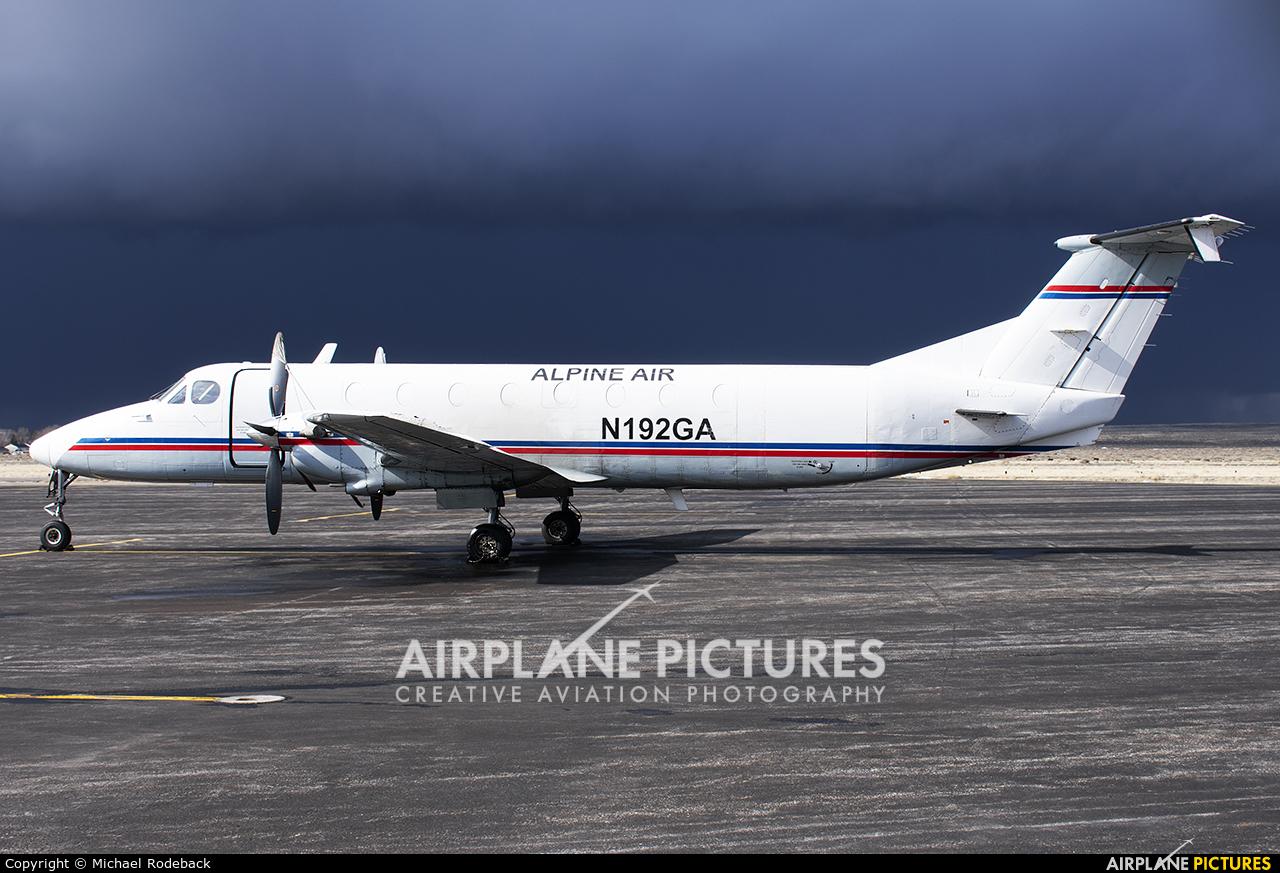 Alpine Air N192GA aircraft at Rawlins Municipal Airport