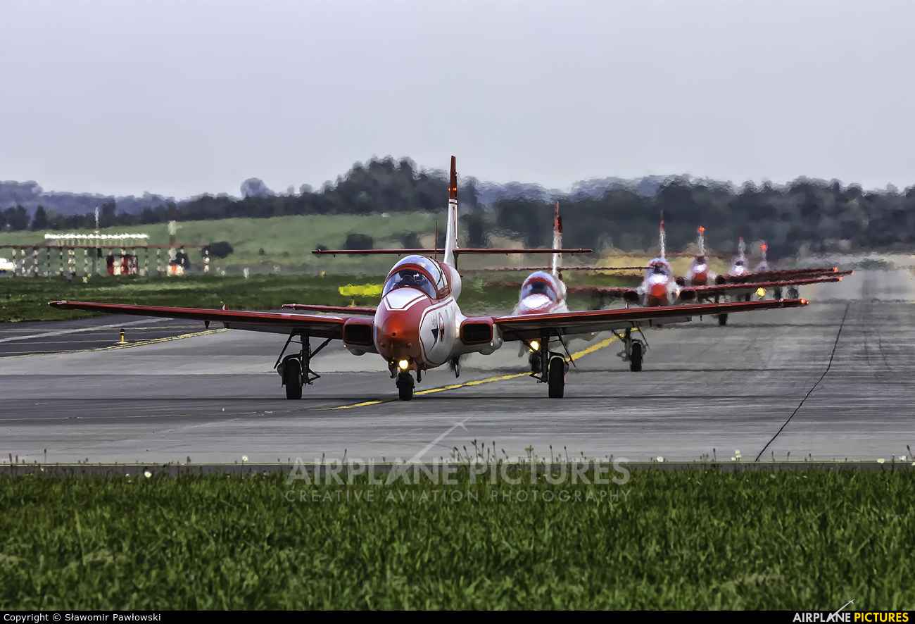 Poland - Air Force - aircraft at Kraków - John Paul II Intl