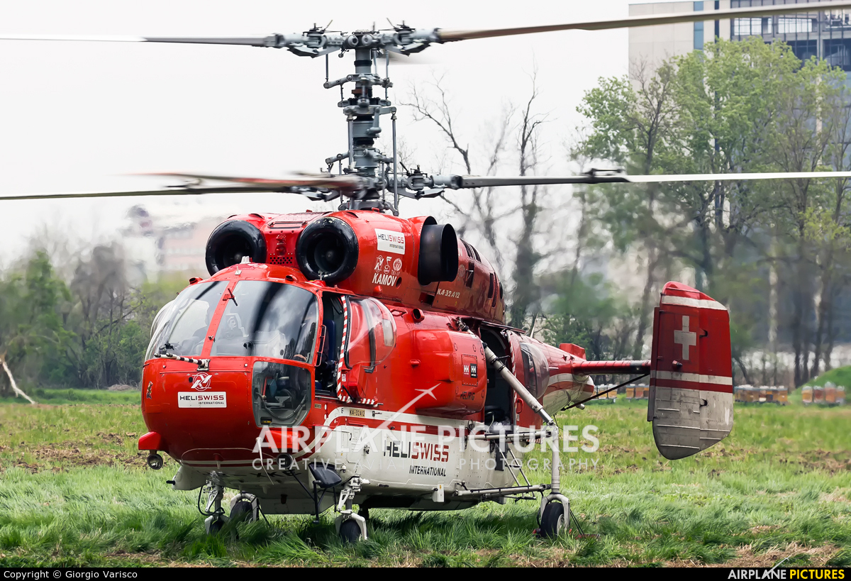 Heliswiss international HB-XKE aircraft at Off Airport - Italy