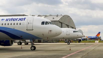 VP-BZS - Interjet Airbus A320