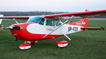 SP-FZX - Private Cessna 172 Skyhawk (all models except RG)