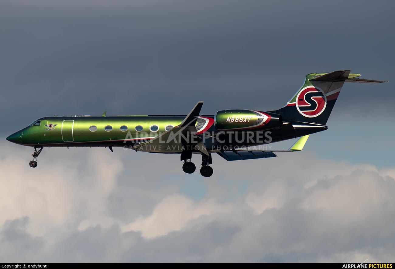 Sexy Jet LLC N888XY aircraft at Los Angeles Intl