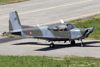 MM61986 - Italy - Air Force SIAI-Marchetti SF-260
