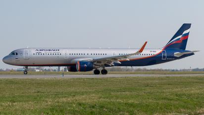 VP-BEA - Aeroflot Airbus A321
