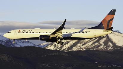 N892DN - Delta Air Lines Boeing 737-900ER