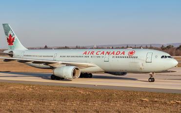 C-GHKW - Air Canada Airbus A330-300