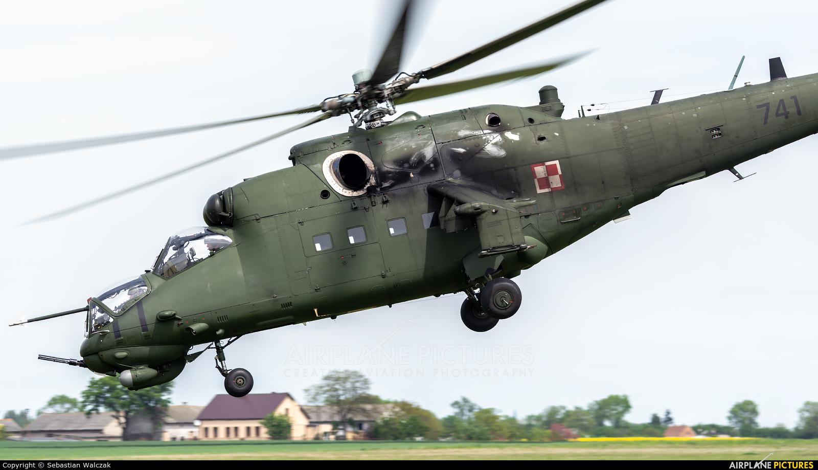 Poland - Army 741 aircraft at Inowrocław