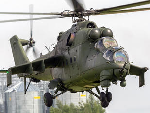 271 - Poland - Army Mil Mi-24D