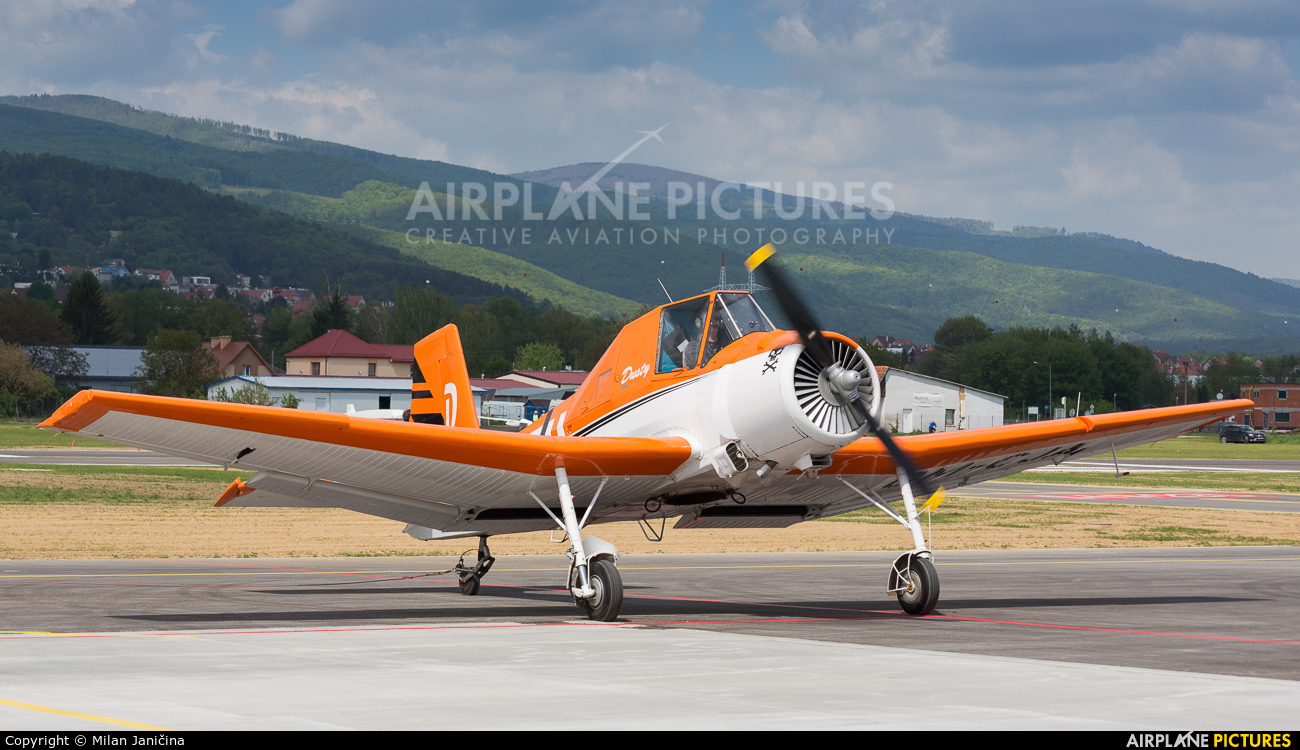 Aeroklub Dubnica nad Vahom OM-CJA aircraft at Prievidza