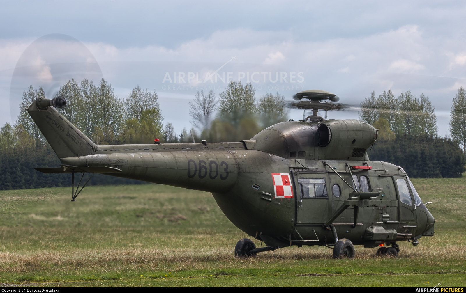 Poland - Army 0603 aircraft at Nowy Targ