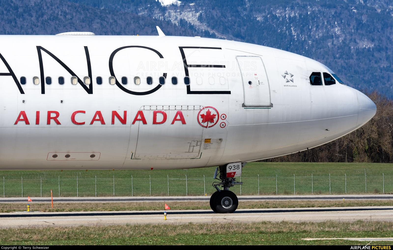 Air Canada C-GHLM aircraft at Geneva Intl