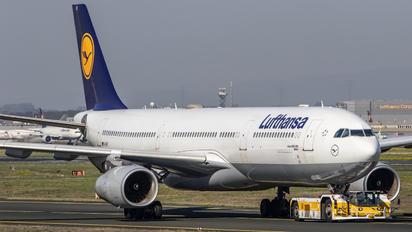 D-AIKF - Lufthansa Airbus A330-300