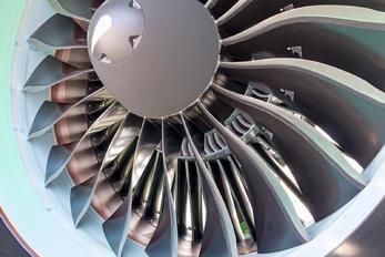 VT-IUA - IndiGo Airbus A321 NEO