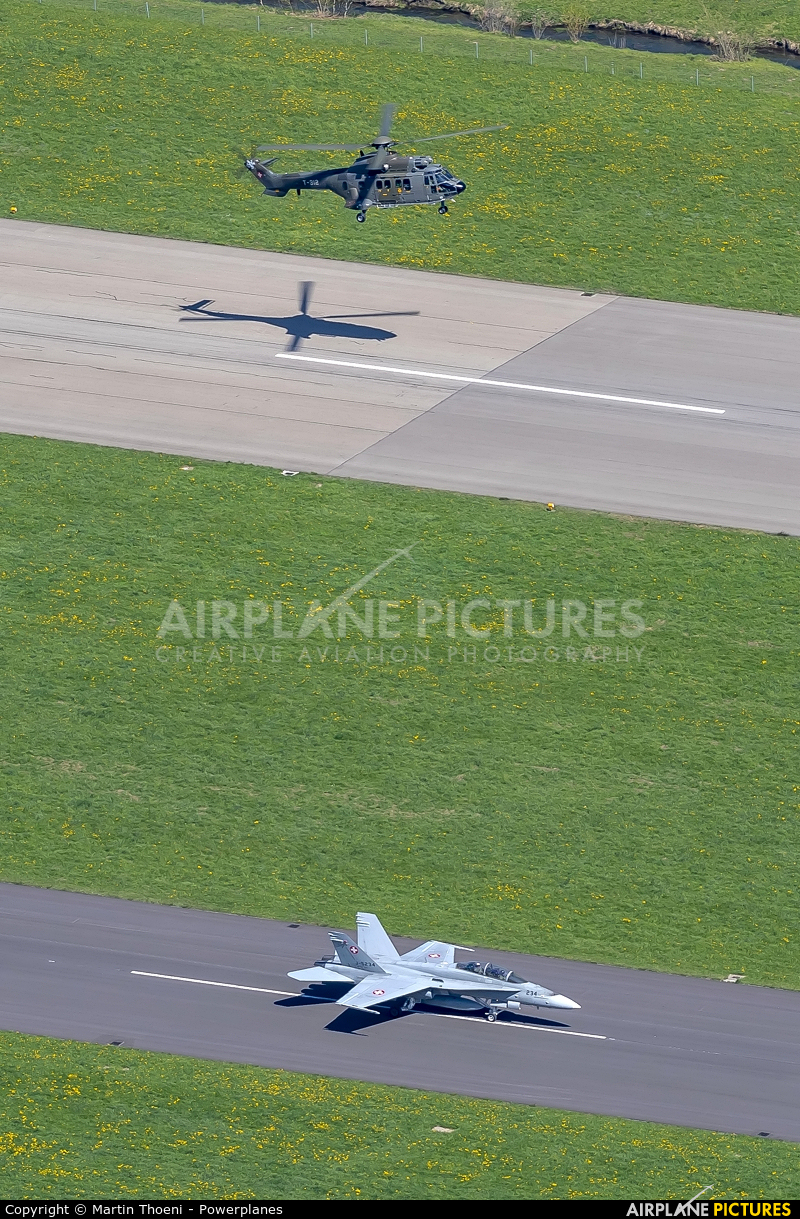 - Airport Overview T-312 aircraft at Meiringen