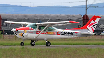 OM-PAC - Compact Reims F182Q