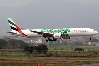 A6-ENH - Emirates Airlines Boeing 777-300ER