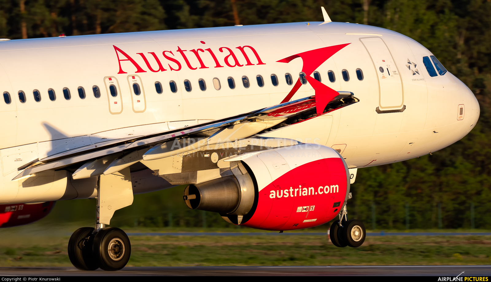 Austrian Airlines/Arrows/Tyrolean OE-LXD aircraft at Frankfurt