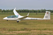 - - Private Schempp-Hirth Duo Discus XL aircraft