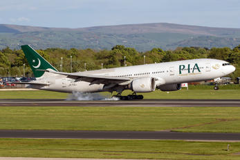 AP-BGZ - PIA - Pakistan International Airlines Boeing 777-200LR