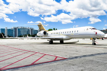 P4-BFK - Private Bombardier BD-700 Global Express
