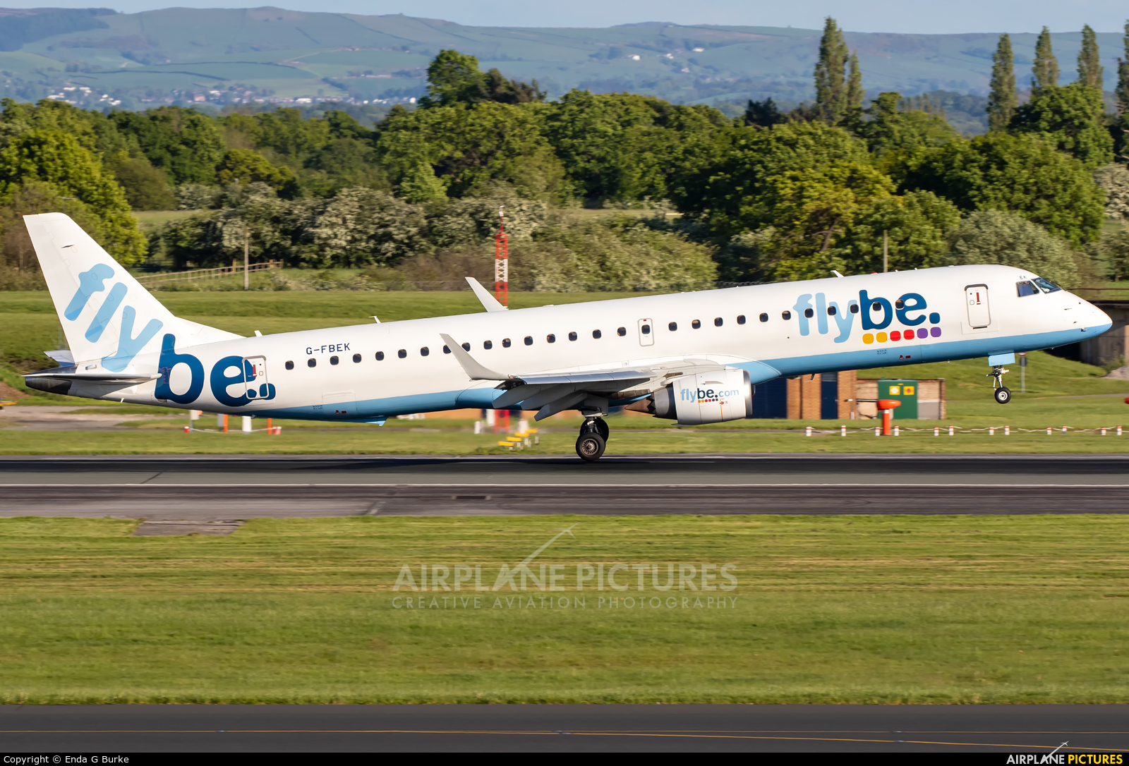 Flybe G-FBEK aircraft at Manchester