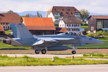 251 - USA - Navy Boeing F/A-18F Super Hornet
