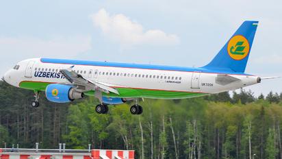 UK32011 - Uzbekistan Airways Airbus A320