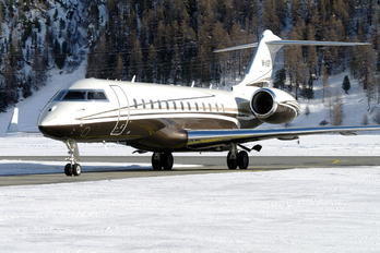 M-ASRI - Private Bombardier BD-700 Global Express XRS