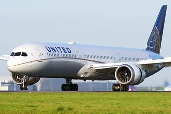 N12006 - United Airlines Boeing 787-10 Dreamliner