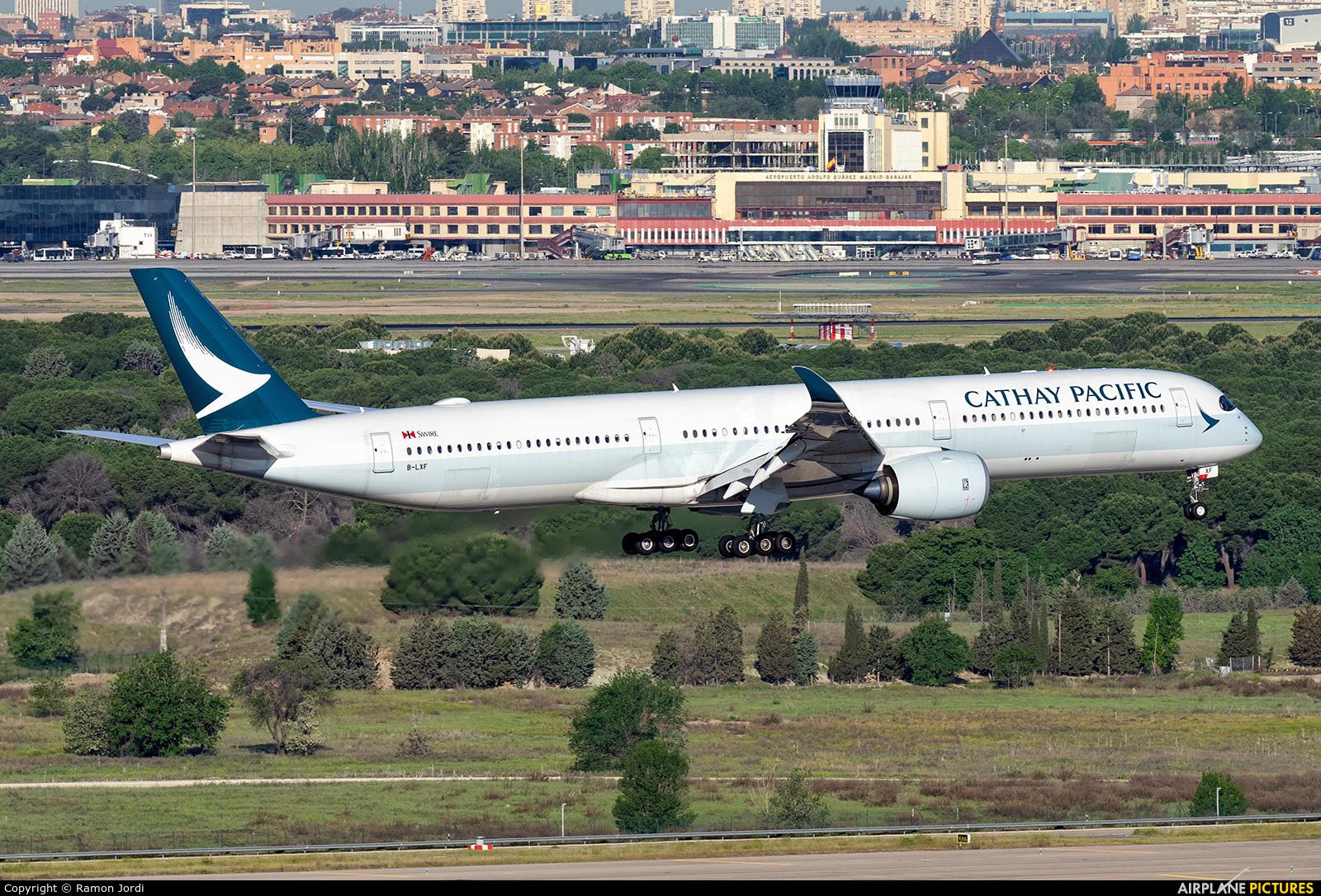 Cathay Pacific B-LXF aircraft at Madrid - Barajas