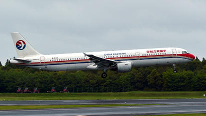 B-6366 - China Eastern Airlines Airbus A321