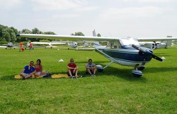 I-AMFE - Private Cessna 172 Skyhawk (all models except RG)