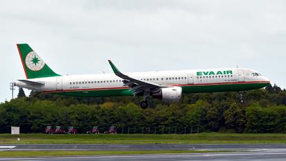 B-16220 - Eva Air Airbus A321