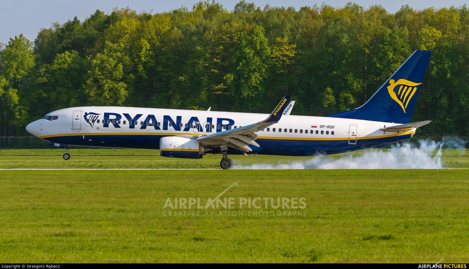Ryanair SP-RSF aircraft at Kraków - John Paul II Intl
