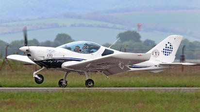 OM-TRI - Private CZAW / Czech Sport Aircraft PS-28 Cruiser