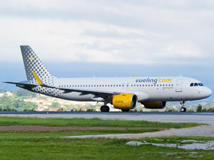 EC-NAE - Vueling Airlines Airbus A320 NEO