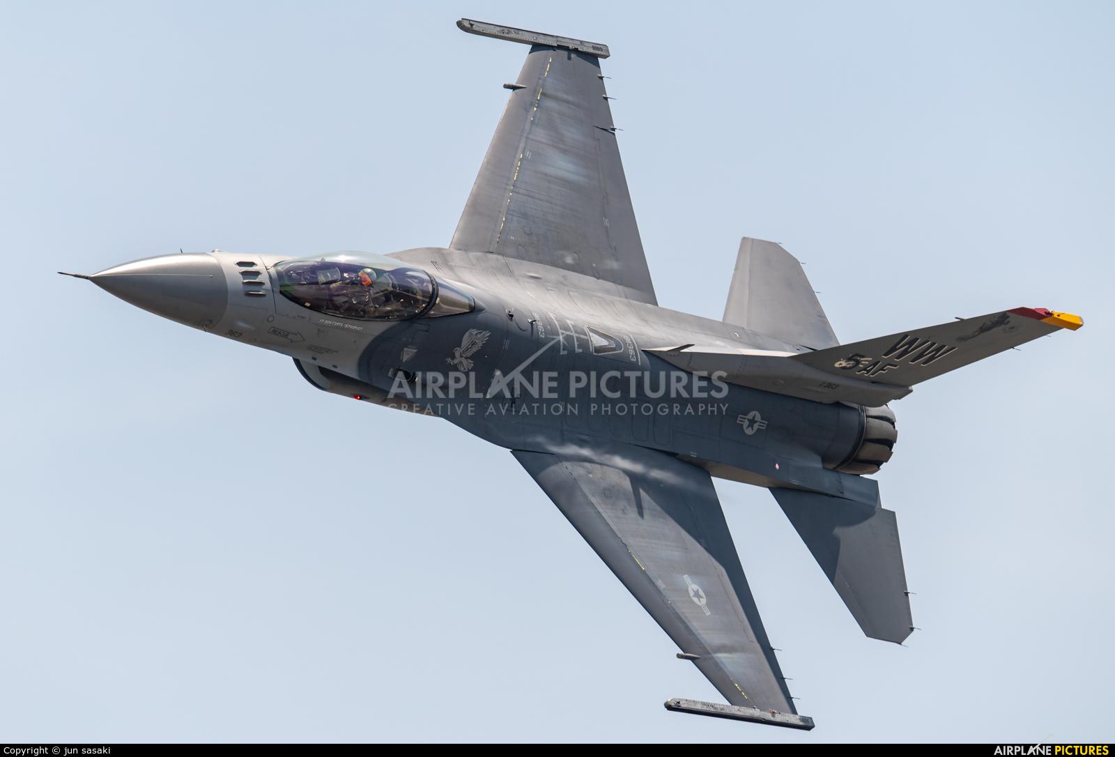 USA - Air Force 91-0363 aircraft at Iwakuni MCAS