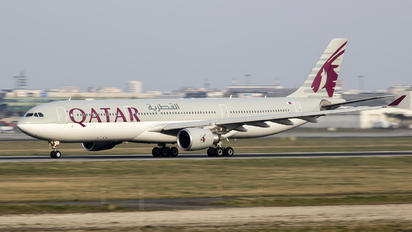 A7-AEI - Qatar Airways Airbus A330-300