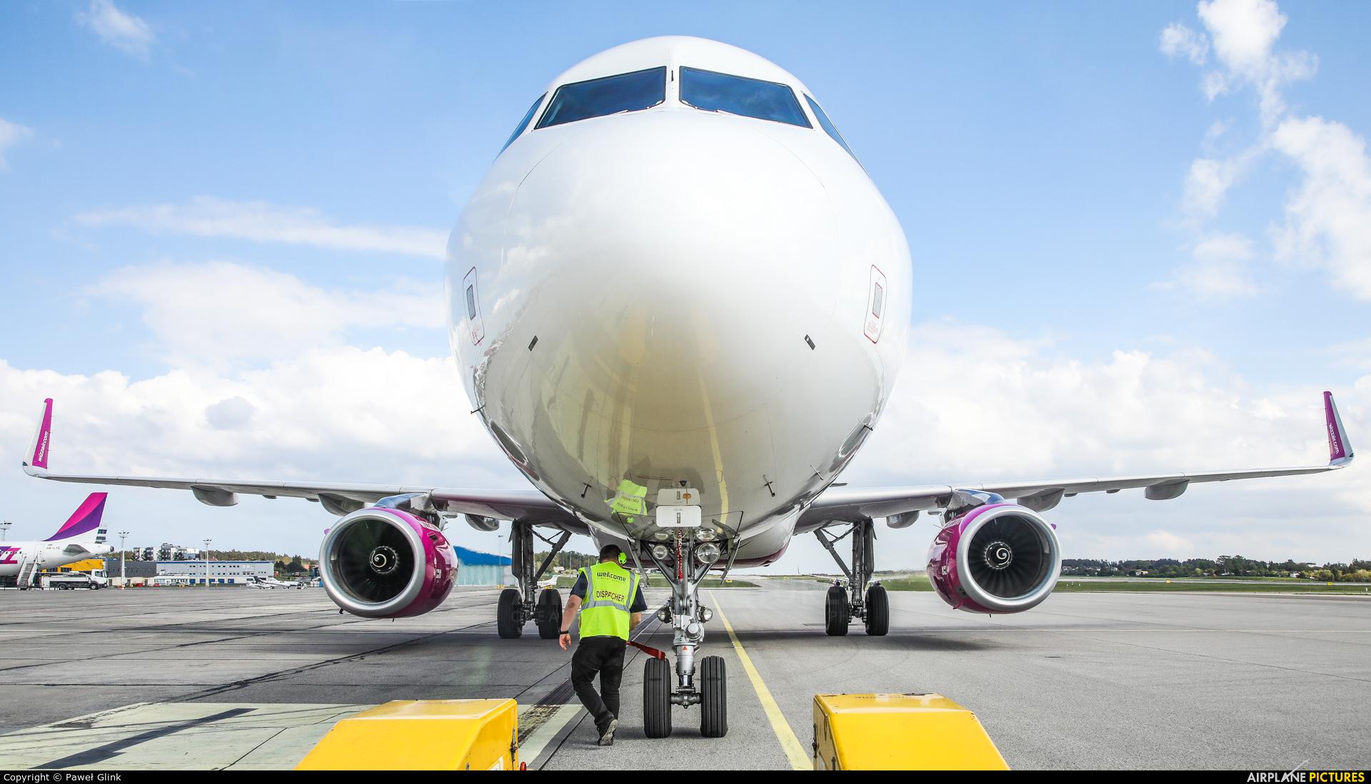Wizz Air HA-LXR aircraft at Gdańsk - Lech Wałęsa