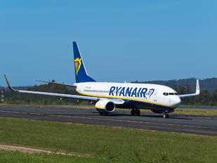 EI-FRM - Ryanair Boeing 737-8AS
