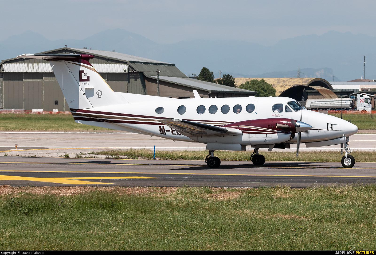Private M-EGGA aircraft at Verona - Villafranca
