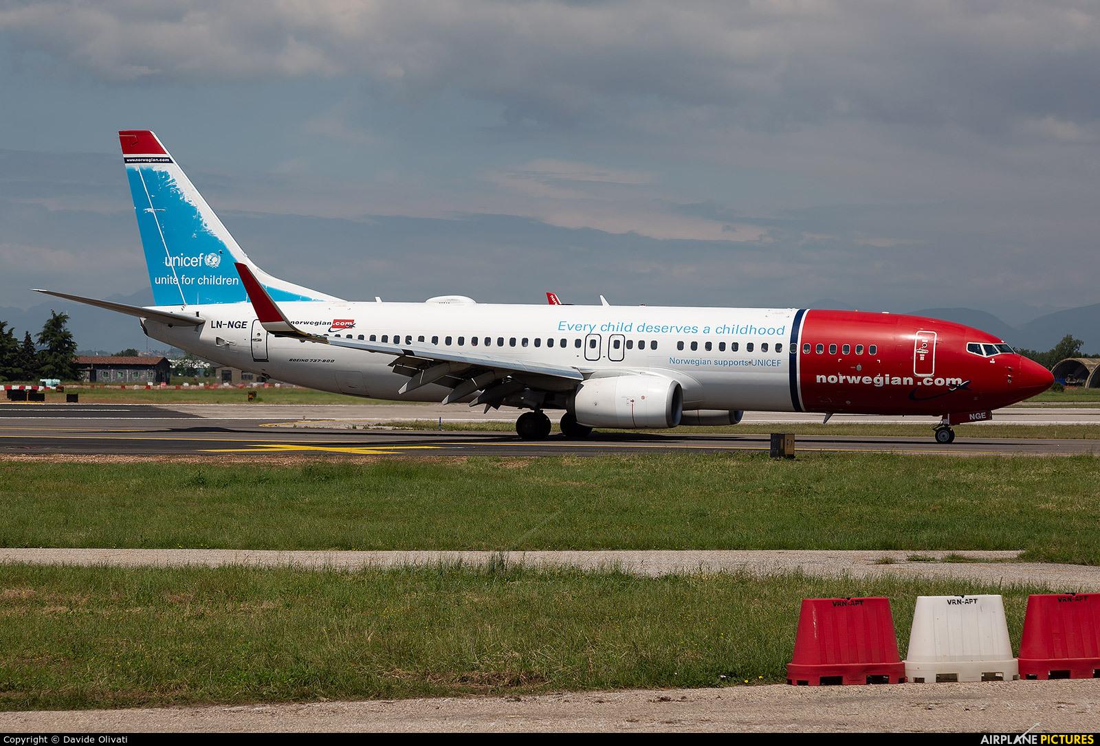 Norwegian Air Shuttle LN-NGE aircraft at Verona - Villafranca