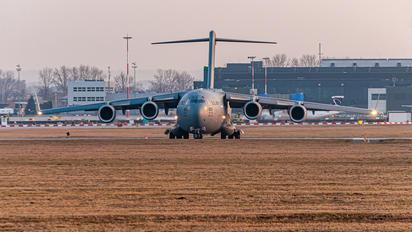 08-8201 - USA - Air Force Boeing C-17A Globemaster III