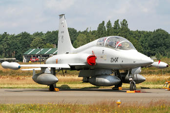 AE.9-010 - Spain - Air Force CASA-Northrop  SF-5B(M) Freedom Fighter