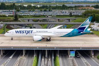 C-GUDO - WestJet Airlines Boeing 787-9 Dreamliner