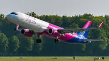 HA-LXM - Wizz Air Airbus A321 aircraft