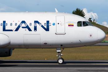 CC-BAX - LAN Airlines Airbus A320